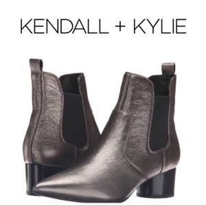 New!!  Kendall & Kylie Logan Boots pewter